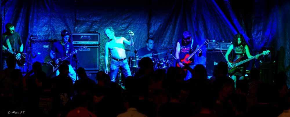 DIOS DE HORMIGÓN continuaba con el heavy metal!!